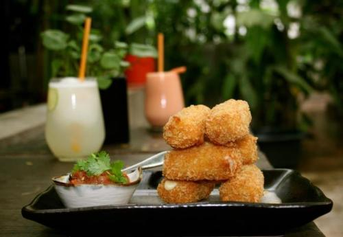 The Mozzarella Sticks